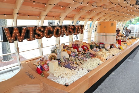 The gigantic cheeseboard took over 60 people to construct. Photo Credit: Dairy Farmers of Wisconsin