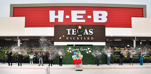 Texas-based grocer H-E-B is expanding its footprint with a new location under its long-awaited H-E-B Spring Green Market format