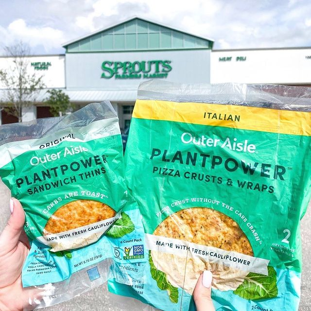 Outer Aisle recently announced nationwide partnerships with Kroger stores and Sprouts Farmers Market, along with the addition of several regional retailers