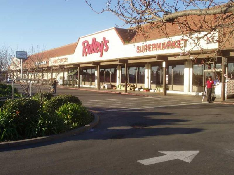 Raley's is shedding its Aisle 1 fuel stations in the name of fueling its grocery and food business