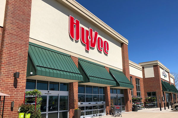 """Hy-Vee announced the fourth """"Best of Local Brands"""" Summit will take place from November 3 to 5 to scout the next local brand to expand and enhance its product offerings across its retail stores"""