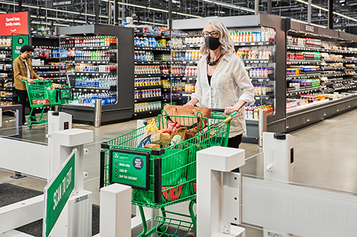Amazon is continuing to build out its brick-and-mortar space with the opening of three new Amazon Fresh grocery stores near the windy city of Chicago, Illinois