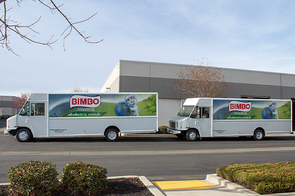 Bimbo Bakeries USA is extending its partnership with Motiv Power Systems following a successful 12-month pilot of five Motiv-powered electric trucks