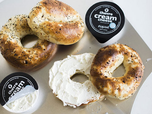 The new 1.5-ounce single-serve chevre cream cheese packages join Belle Chevre's foodservice offerings