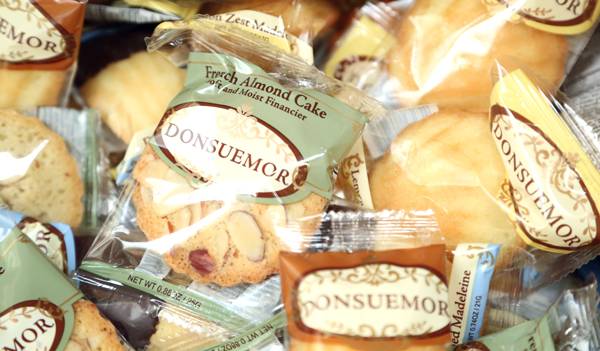A variety of Donsuemor's other Madeleine flavors