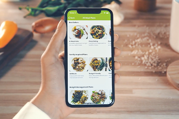 eMeals, the digital meal planning service, announced that it will be expanding its grocery lineup to include a partnership with Albertsons and Safeway