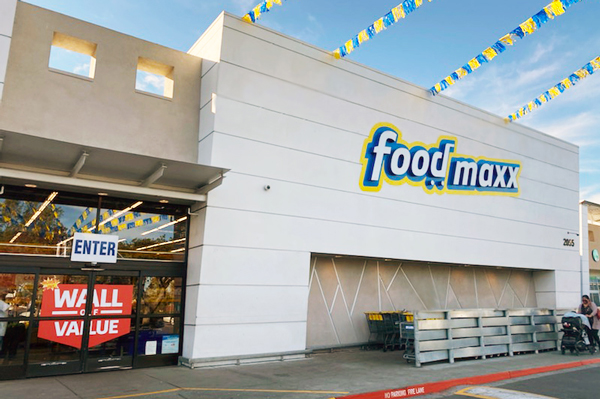 Oak Street Real Estate Capital has purchased six locations owned by Save Mart Companies in San Jose, California, for $131.4 million