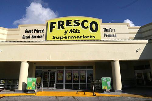 Fresco y Mas Storefront