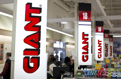 Giant Food Stores check stands