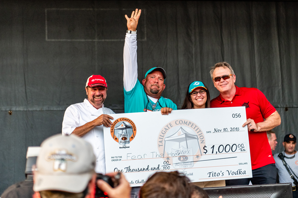 The 'Grand Grill-Off' will see 22 high-end restaurants paired with 22 Miami Dolphin legends grill up creative food for attendees to judge