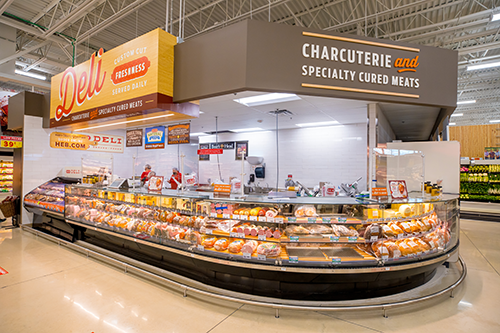 Occupying 114,000 square feet, the new H-E-B location will offer a deli section