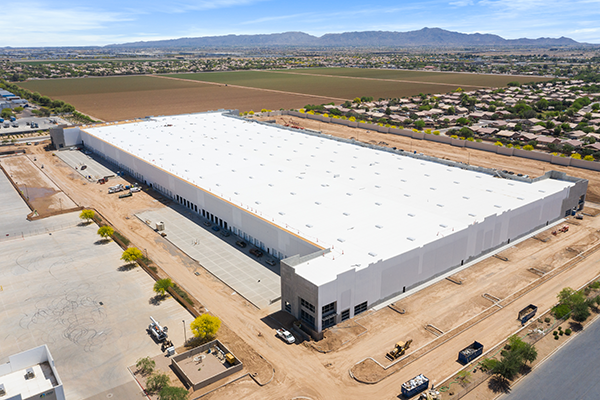 HelloFresh is strengthening its hold on the sector as it expands its operations with a new distribution center in Phoenix, Arizona