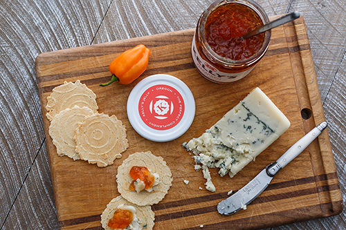 From a small team to new, smaller-format products, Kelly's Pepper Jellies and Preserves of Oregon has managed to make its mark on the specialty food industry