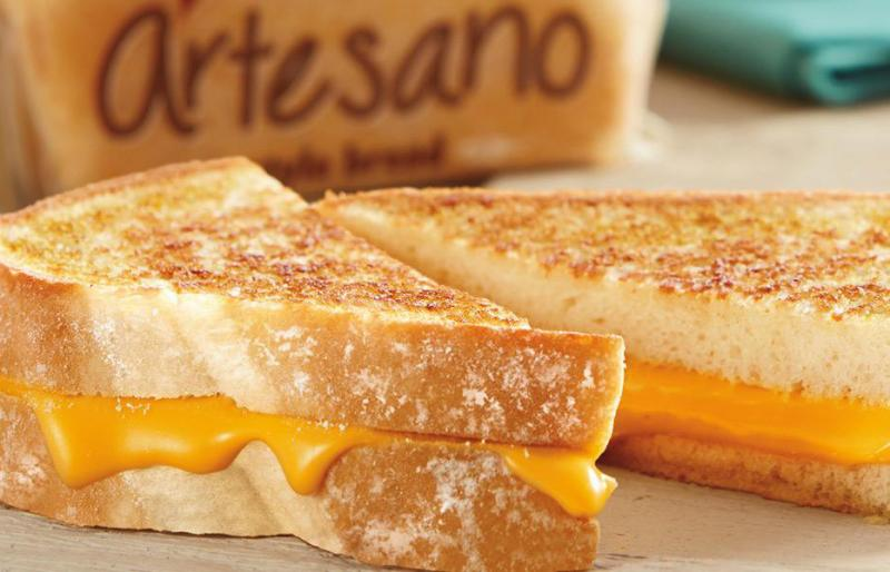 Sara Lee® Artesano™'s brand has recently launched a new initiative called the Grilled Cheese Challenge, a coast-to-coast battle to crown the ultimate grilled cheese recipe