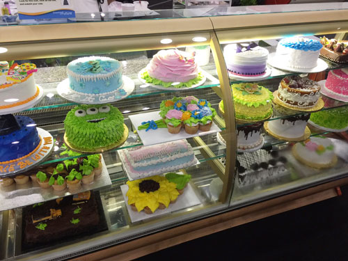 Cakes by 2nd Place Winner Nayeli Cruz of Albertsons, Vons and Pavilions in Carlsbad, CA
