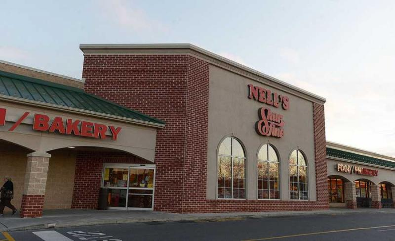 Nell's Shurfine Market, formerly owned by C&S Wholesale, to open as a Giant Food Store in March. (Photo Source: The Sentinel/Jason Malmont)