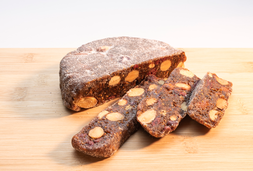 San Joaquin Figs make cakes in two unique and delicious offerings: Honey-Walnut and Cranberry-Almond