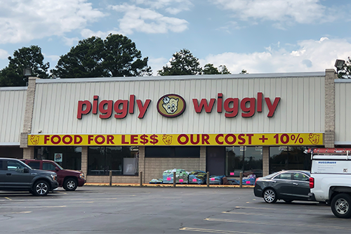 Southeastern Grocers recently entered into an agreement with two Piggly Wiggly® independent store Owners to divest two BI-LO stores in Georgia and South Carolina