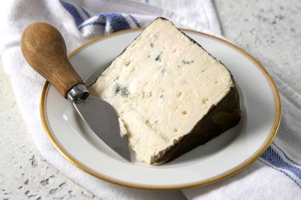 Rogue Creamery announced the release of its 2021 vintage of Rogue River Blue, the reigning World Champion Cheese, on September 22