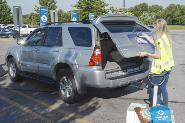 Walmart banner Sam's Club announced the nationwide launch of Curbside Pickup