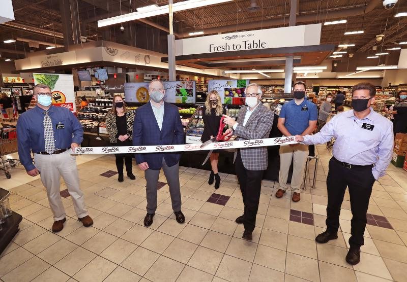 "Wakefern Food Corp. and ShopRite executives gathered at a ribbon cutting on October 13 to celebrate the launch of the new ""Fresh to Table"" store-within-a store concept at the ShopRite of Greenwich"
