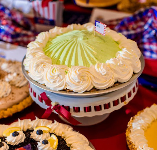 At the 2019 American Pie Council (APC) National Pie Championships, top honors for commercial pie making went to Harlan Bakeries, which took home 19 blue ribbons, closely followed by Weston Foods, which took home 18 blue ribbons