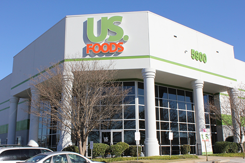 US Foods recently announced that it will be donating approximately $250,000 worth of food to help the Greater Chicago Food Depository bring pop-up food pantries to communities of color