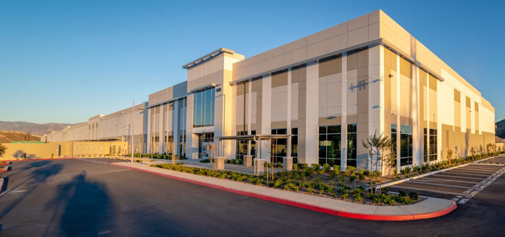 Walmart plans to open a 340,000-square-foot high-tech consolidation center designed revolutionize the way the company receives, sorts, and ships freight
