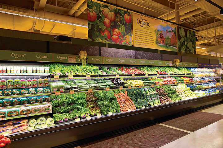 Wegmans' new Brooklyn Navy Yard store offers an experience that blends foodservice and grocery